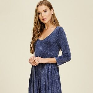 'New' Women's knitted dress. Garment dyed. D5434